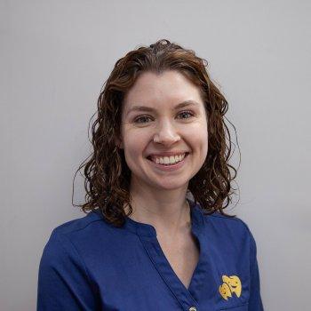 Dr Lara Yates
